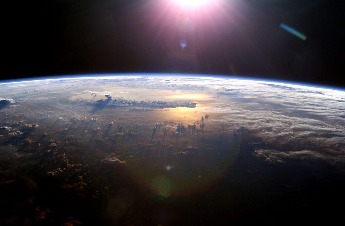 Nitrogen chemistry in Earth's atmosphere