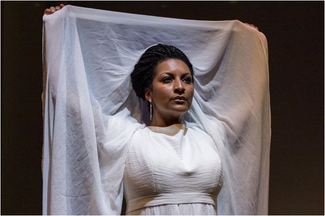 Ashley Cleveland as Helen of Troy