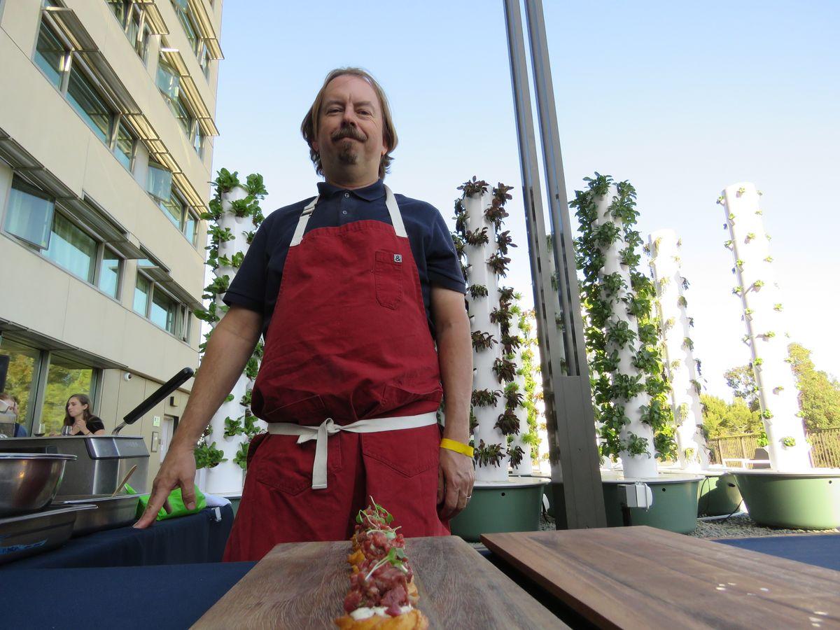 Chef Neil Fraser, Redbird