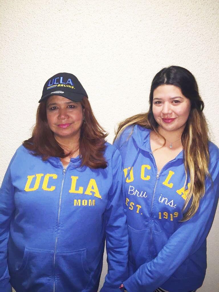 Gabriela and Danielle Abraham