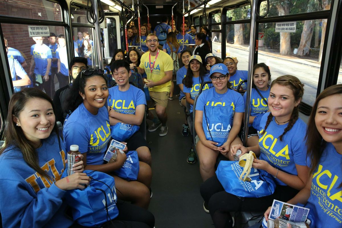 UCLA students on Volunteer Day