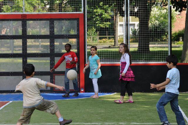 Smart parks ball wall