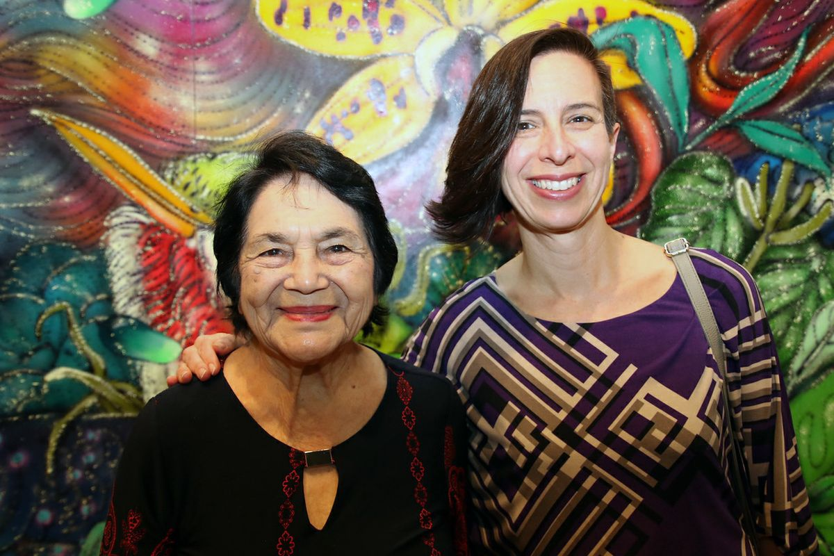 Dolores Huerta with professor Marissa Lopez