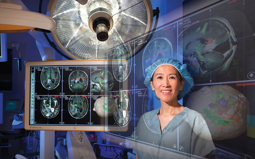 Linda Liau in operating room