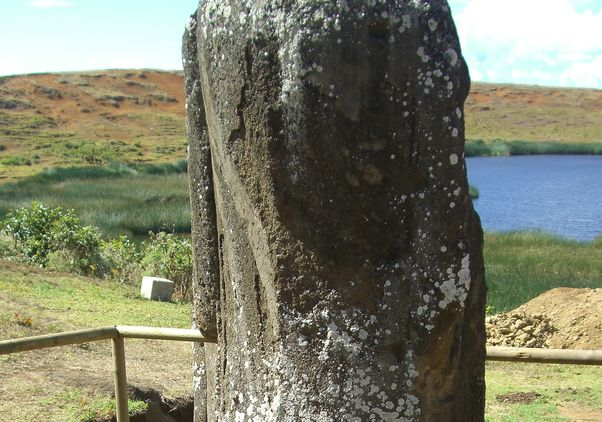 Moai and water source