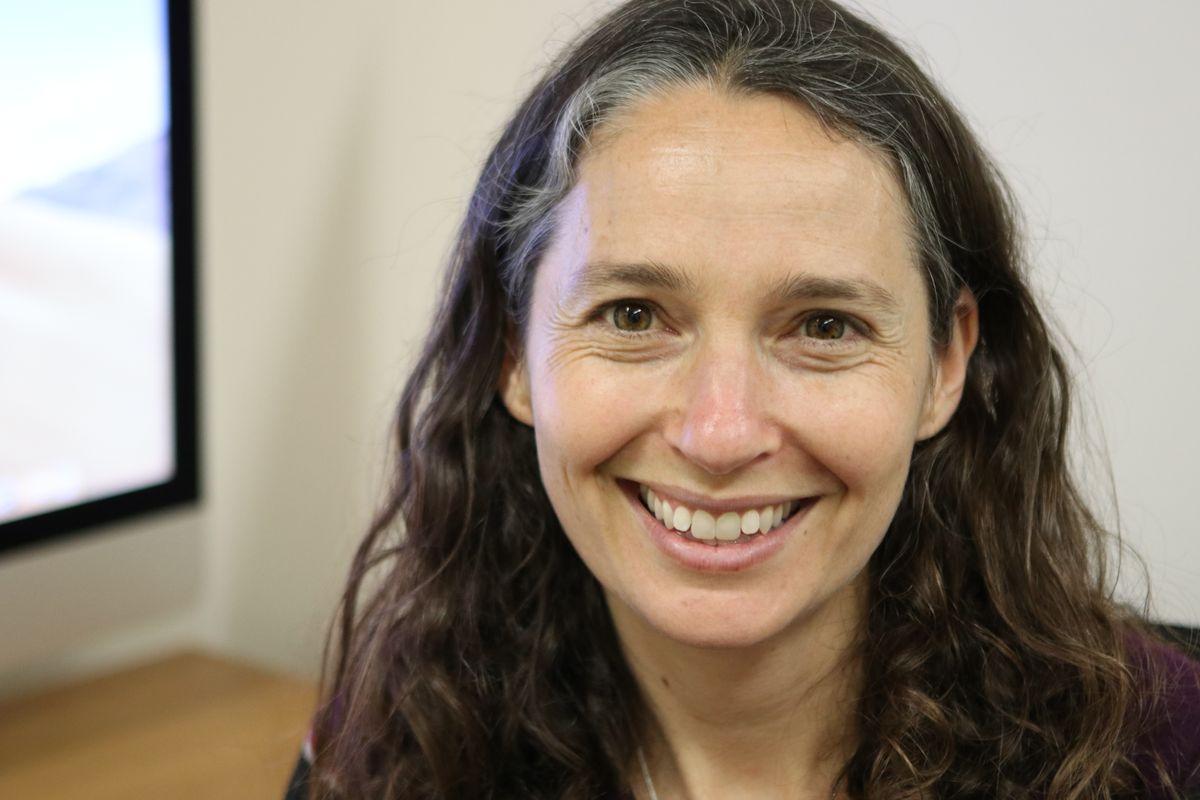 Dr. Elizabeth Barnert