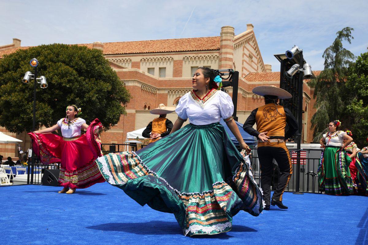 Dancers at Alumni Day 2019