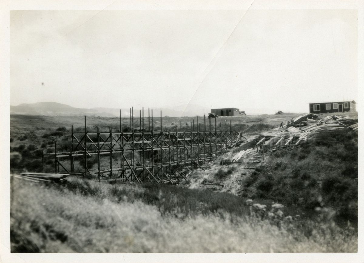 Building the arroyo bridge