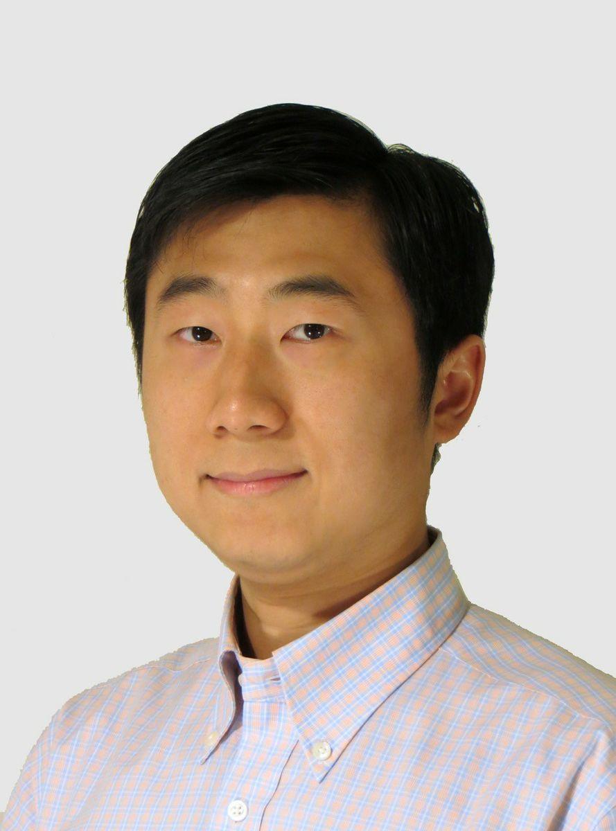 Weizhe Hong