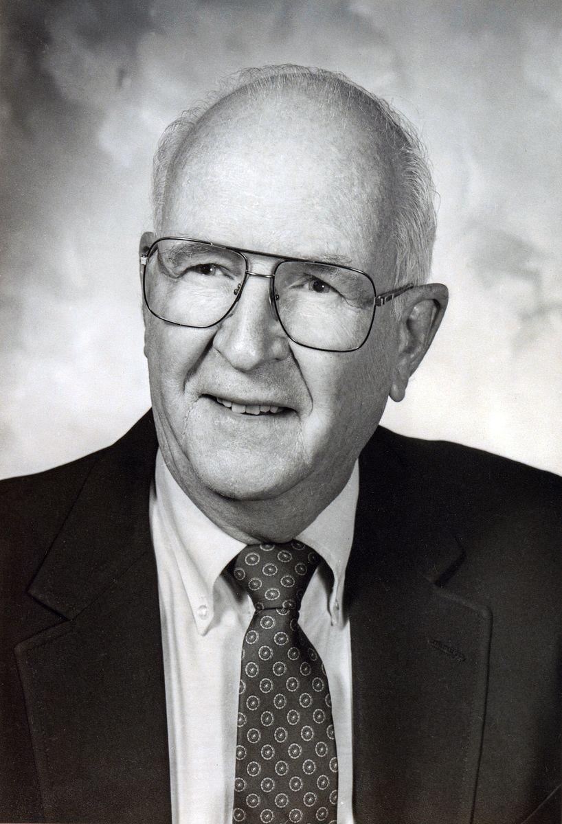 Dr. Glenn Langer