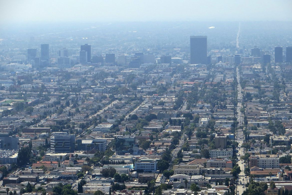 Smoggy Los Angeles skyline