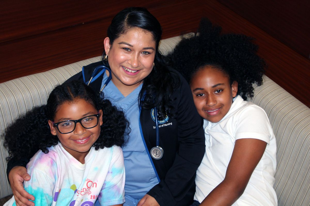 Jessica Chavez and daughters
