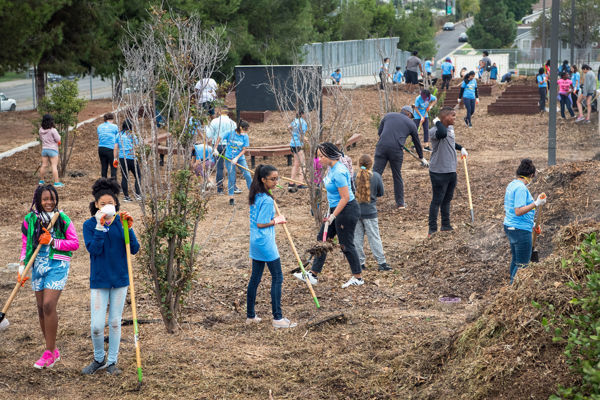 UCLA Volunteer Day 2019 La Tijera K-8 Academy of Excellence Charter School in Inglewood
