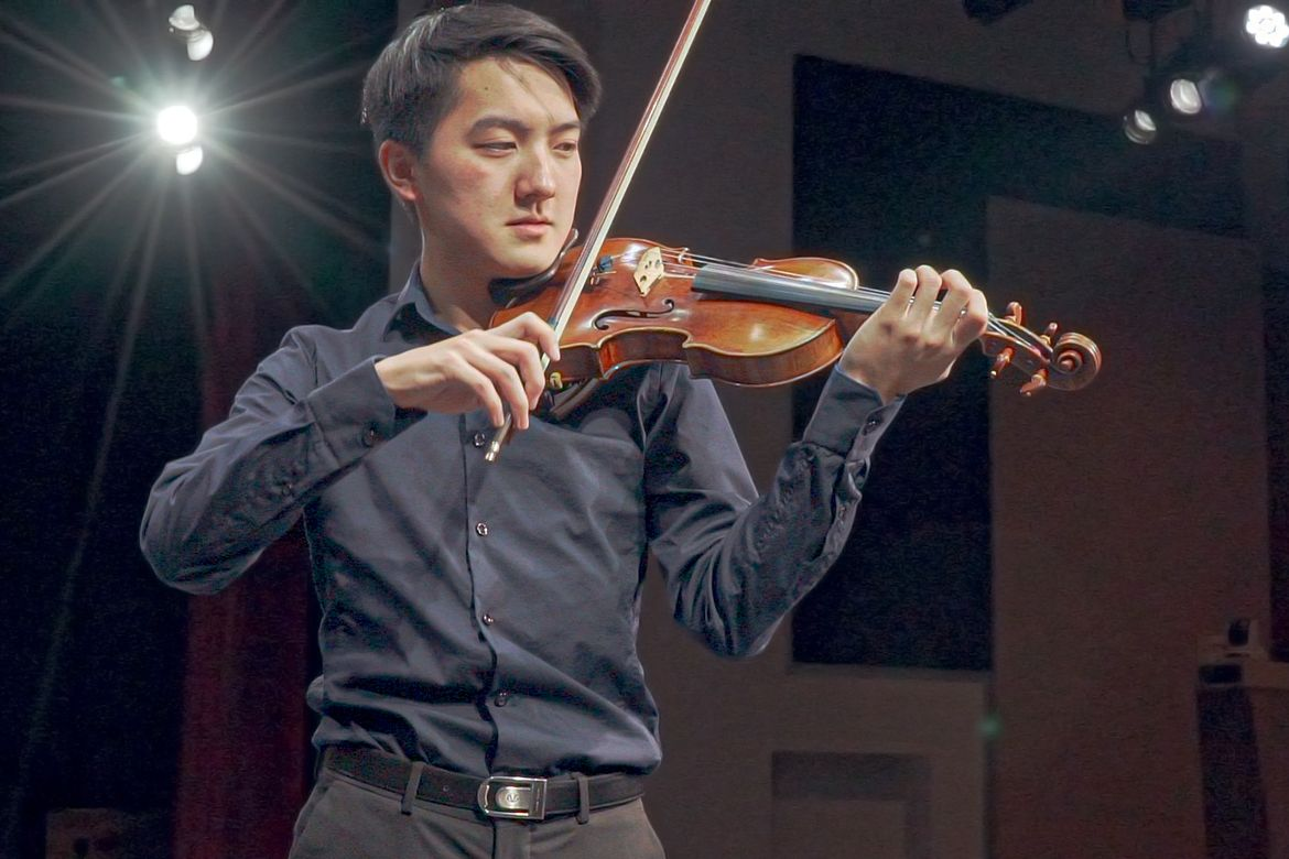 Elvin Hsieh playing UCLA Stradivarius