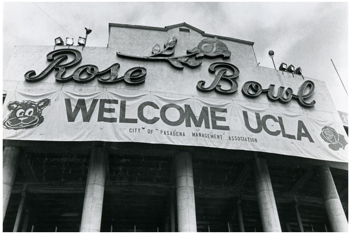 A Rose Bowl Welcome