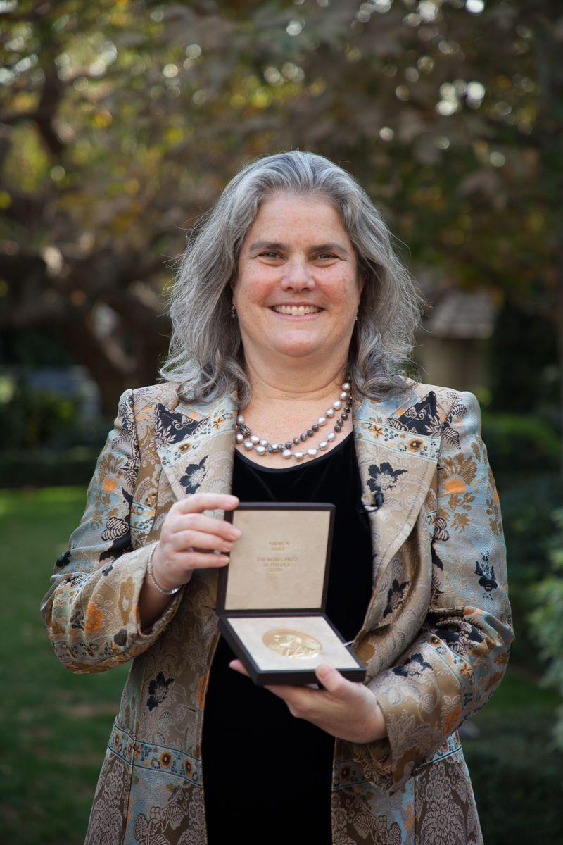 Ghez with Nobel medal