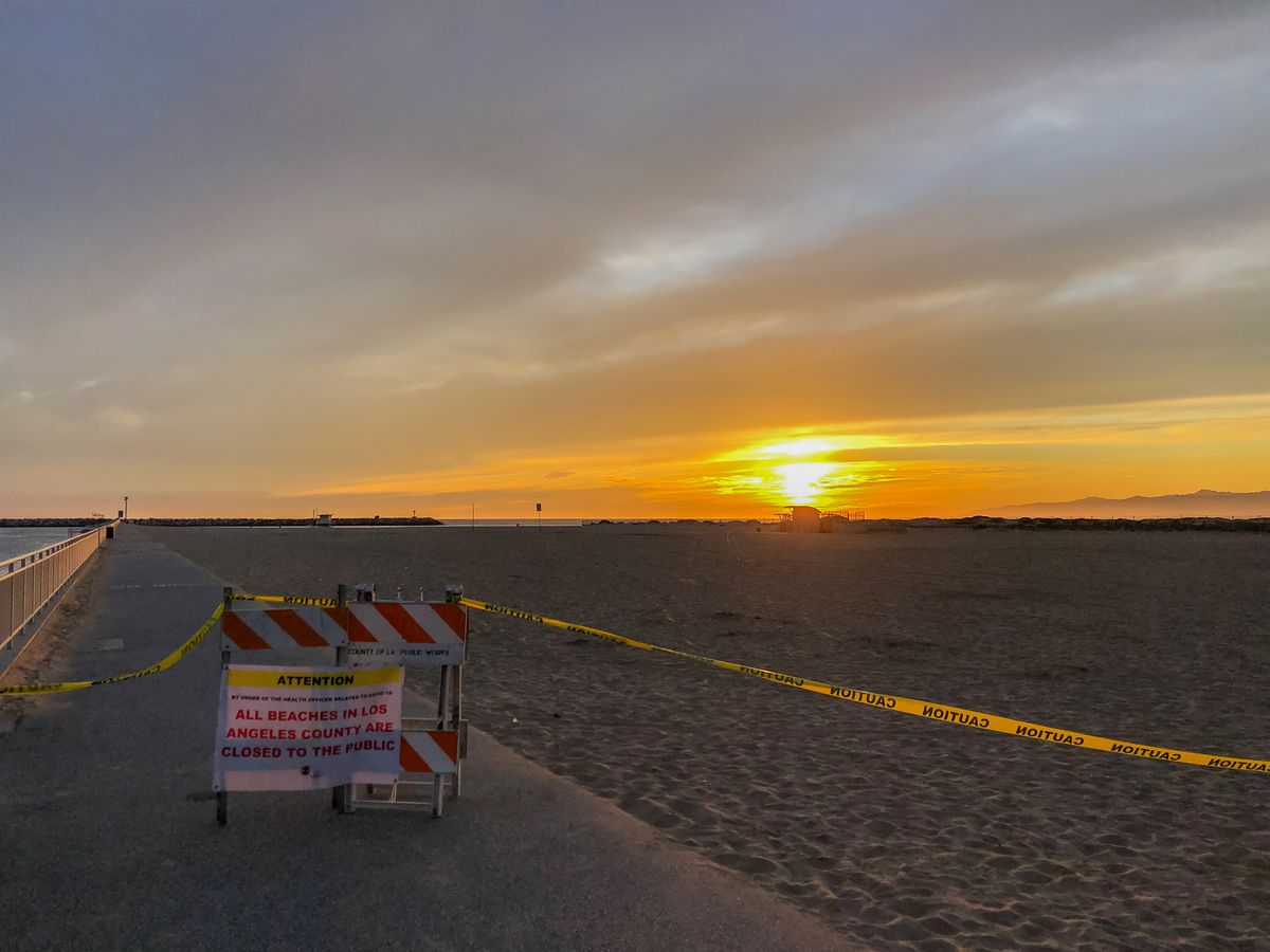 Beach closed-COVID 19