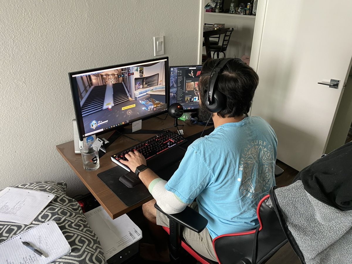 Esports from home
