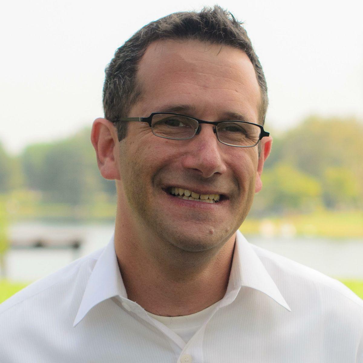Dr. Marc Suchard