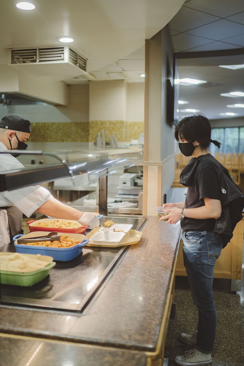 Dining hall service