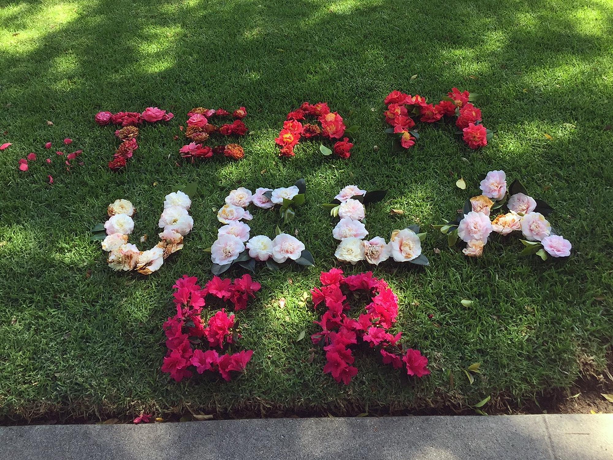 Team UCLA ER spelled in flowers