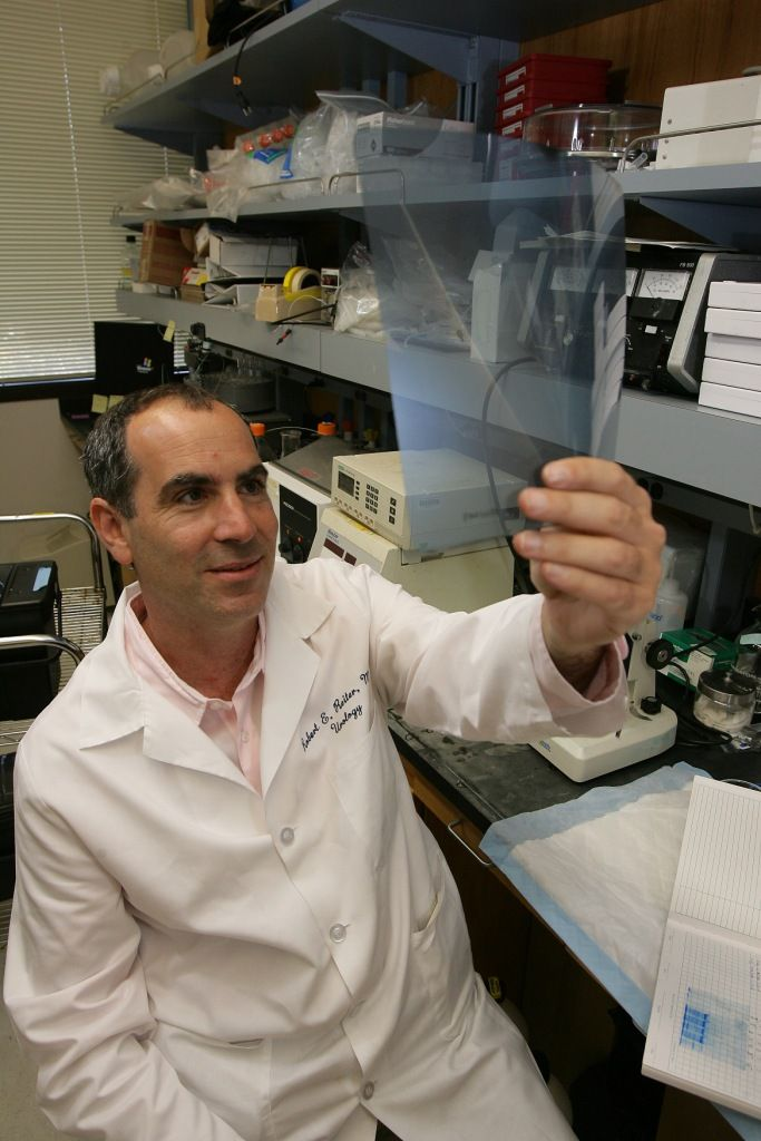 Dr. Robert Reiter in the lab