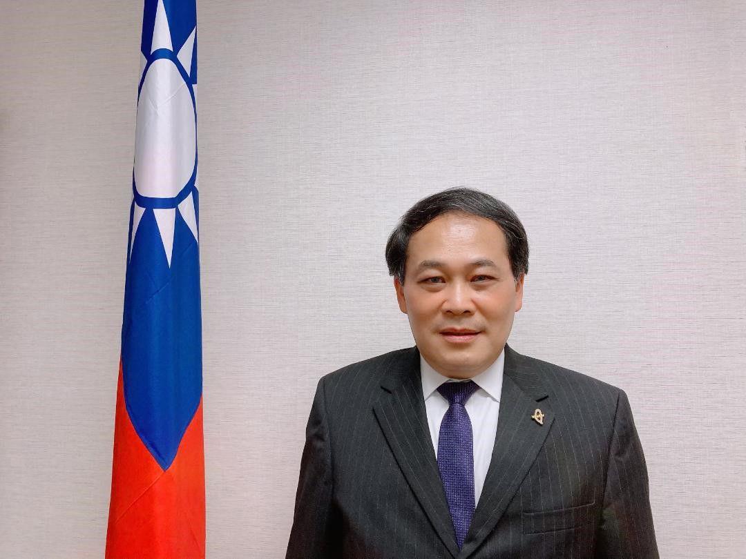Louis M. Huang