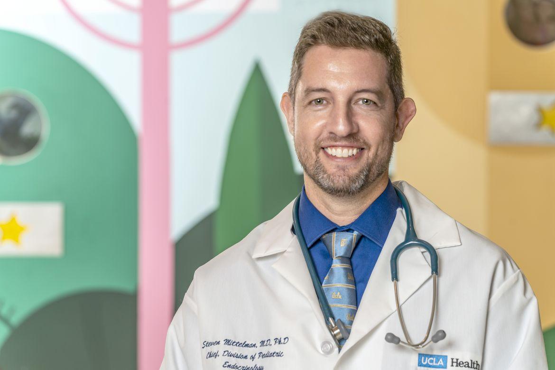 Dr. Steven Mittelman