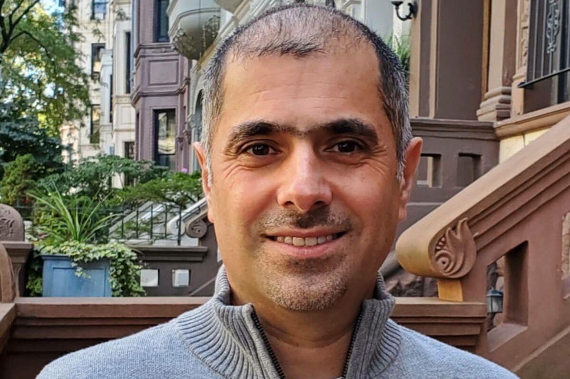 Farzad Amoozegar