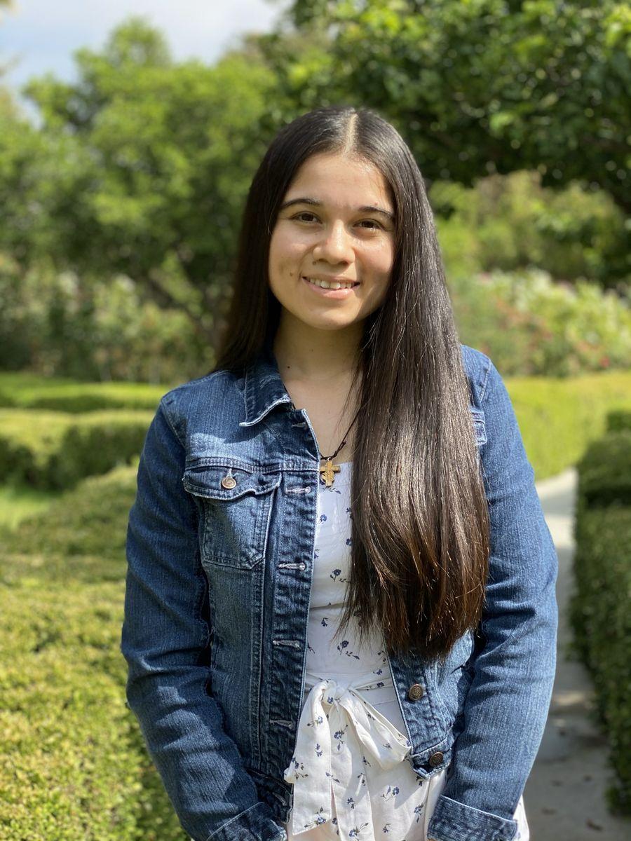 Alison Menjivar
