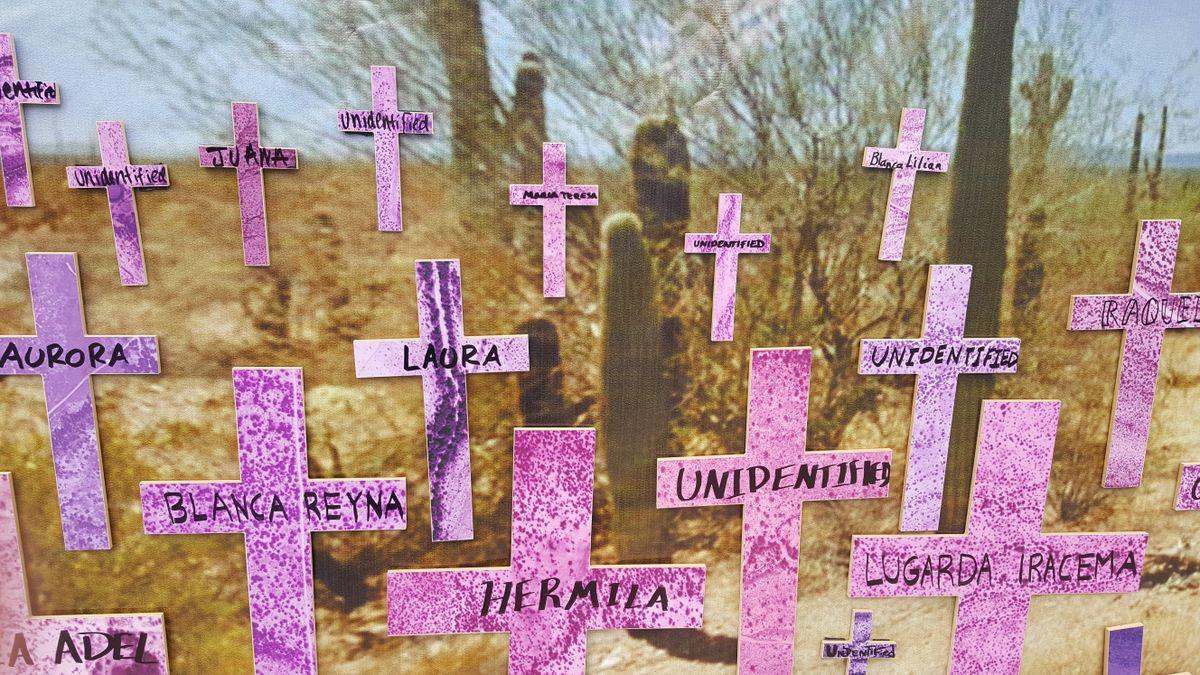 Crosses on Mujer Migrante Memorial