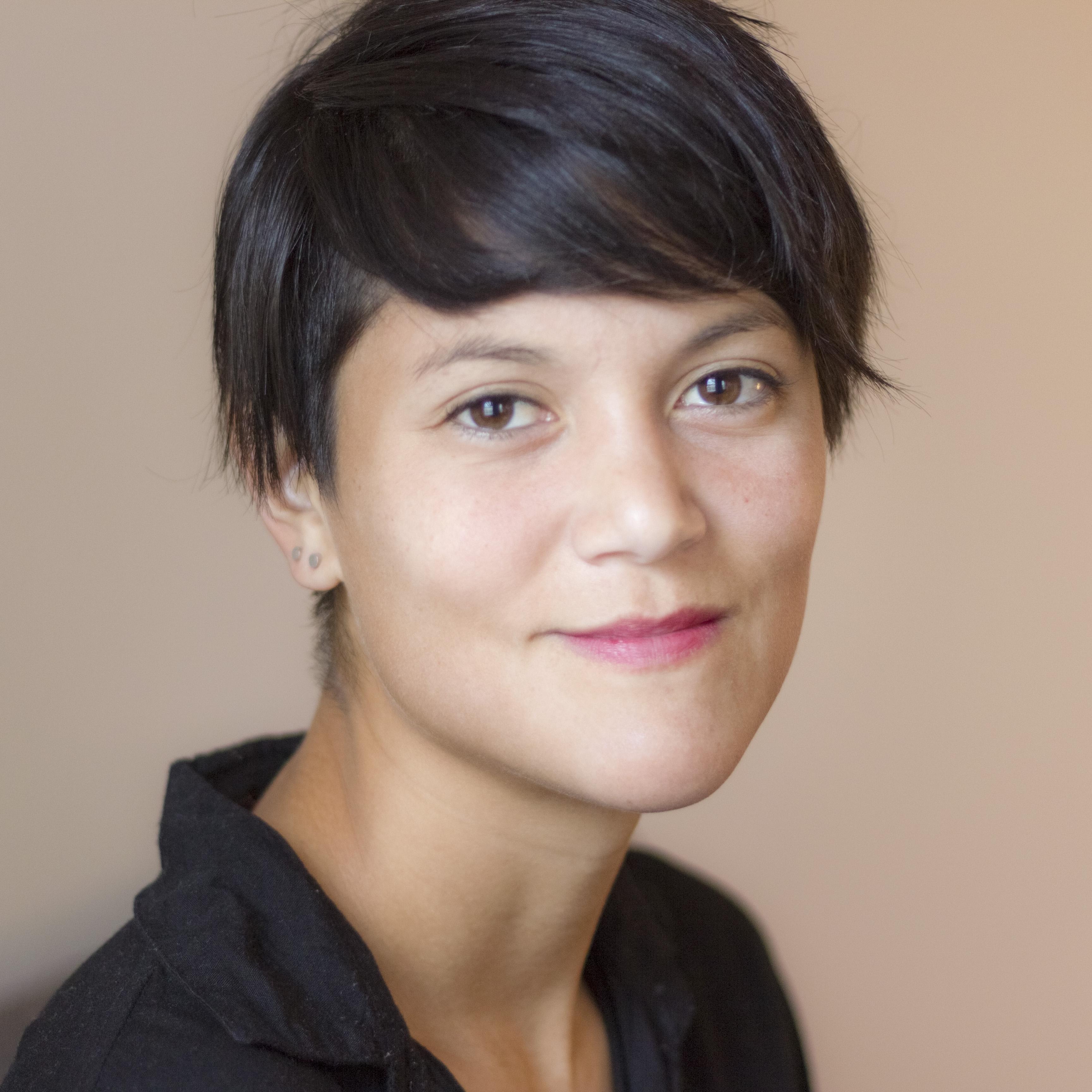 Lauren McCarthy head shot