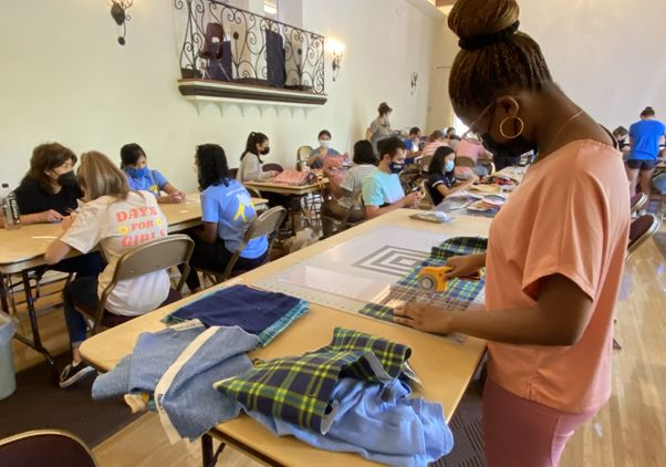 Click to open the large image: UCLA Volunteer Day 2021 - Mia Ford at Days for Girls