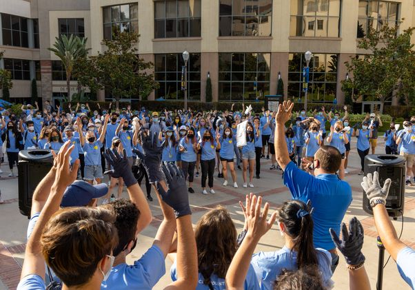 Click to open the large image: UCLA Volunteer Day students gathered on the Hill