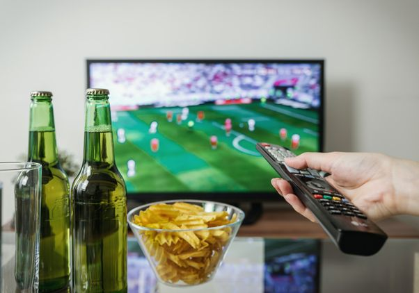 TV beer and chips