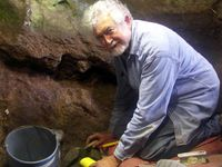 Straus Has Good Field Season at El Mirón Cave in Spain