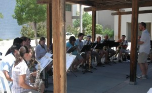 "Duke City Saxophone Choir kicked off ""Music on the Plaza"""