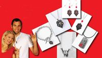 New Line of Lobo Jewelry Arrives at UNM Bookstore