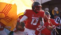 Lobos home for the holidays in Gildan New Mexico Bowl