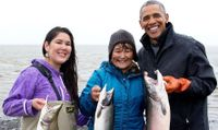 UNM alumna meets President Obama
