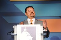 UNM professor takes main stage at national Hispanic policy conference