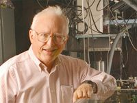 Nobel Laureate John Hall presents CHTM Distinguished Lecture