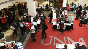 Student Activities hosts Spring Welcome Back Days