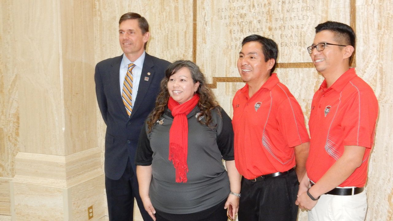 U.S. Sen. Martin Heinrich with UNM staff & faculty