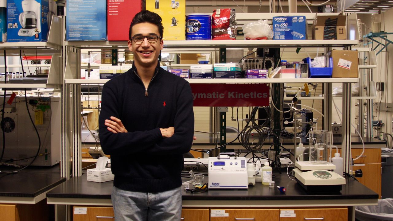 UNM Chemical Engineering student Julian Vigil