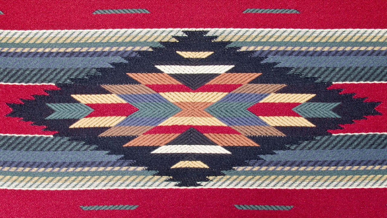 Annual Navajo Rug Auction