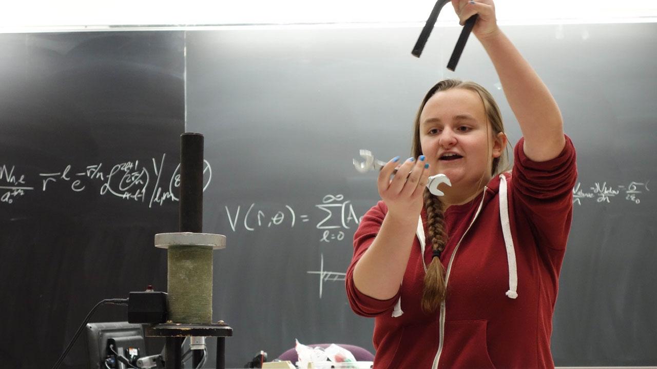 Lauren Zundel explains magnetism