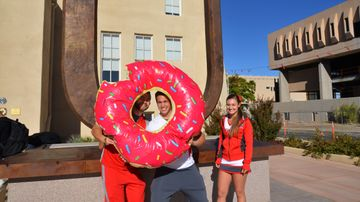 UNM groups provide pastries for points