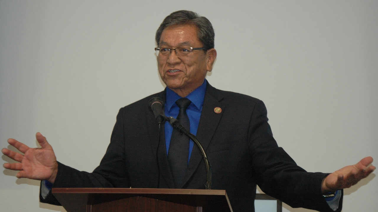 The University of New Mexico and Navajo Nation announce student housing partnership