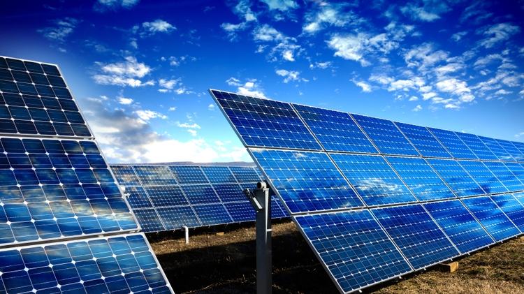 Shen named PNM Chair for Renewable Energy Research